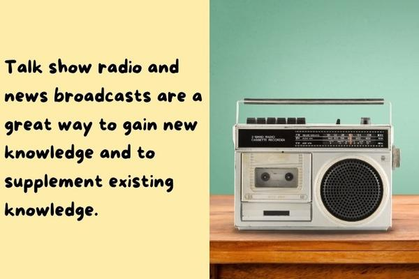 An old gray radio illustrating that listening to radio TV can help get better at trivia quiz.