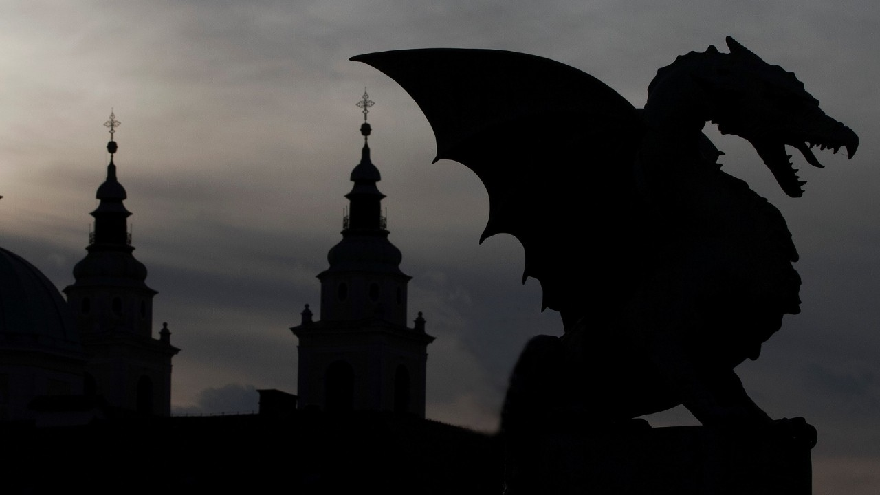 Dragon in the night from Game Of Thrones.