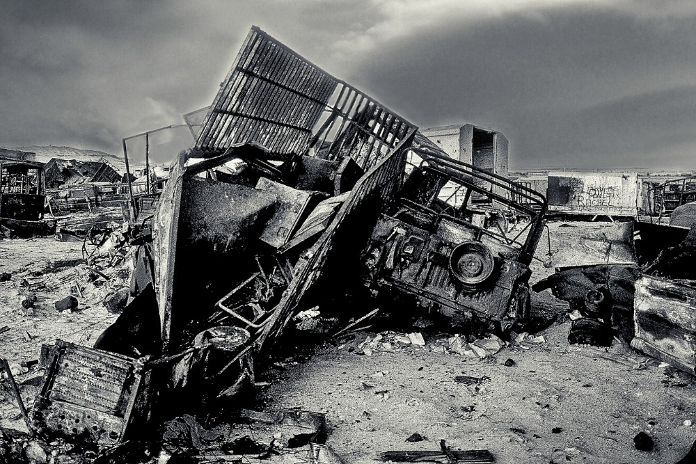 A modern world history image of a crashed car in the war in Iraq.