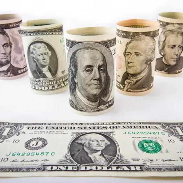 All US presidents on the US dollars bills.