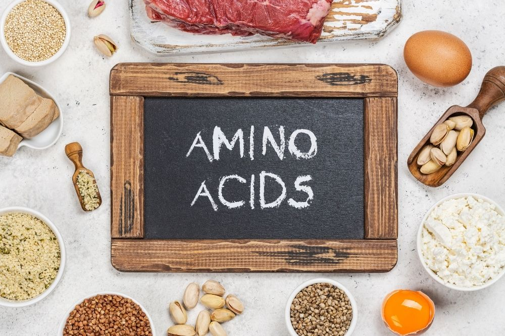 Food contains many important amino acids, such as meat, chicken, eggs, cheese, and more.