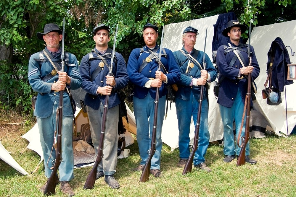 American Civil War soldiers.