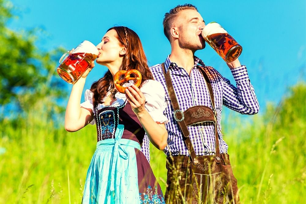 A German couple in traditional clothes.