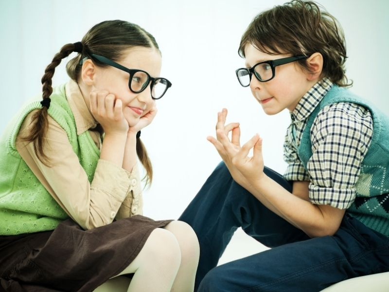 How to Make Small Talk? 12 Easy Tips